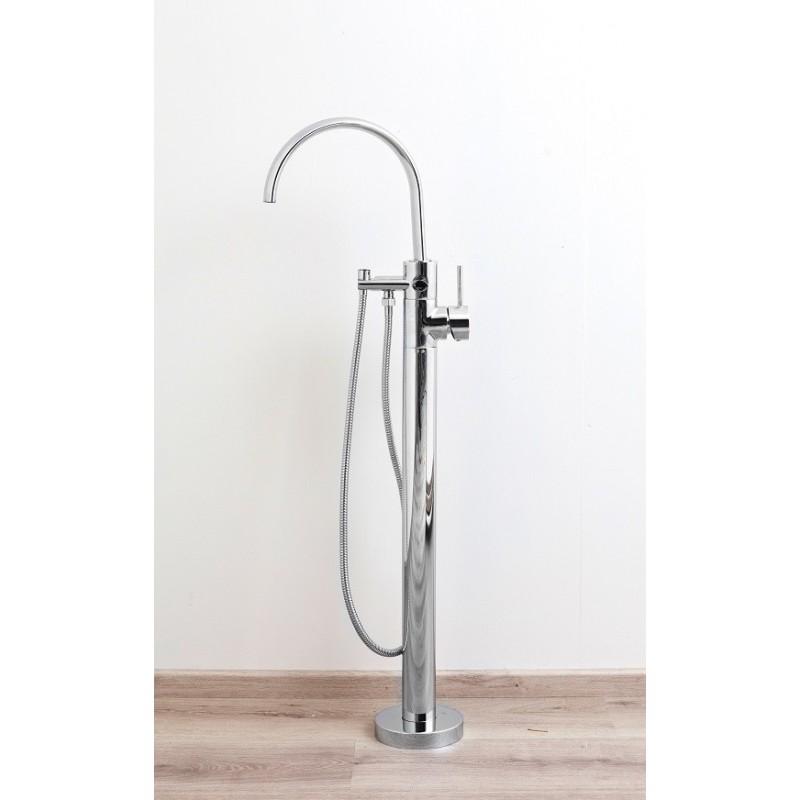 mitigeur baignoire sur pied banio katrin chrom pour baignoire ilot. Black Bedroom Furniture Sets. Home Design Ideas